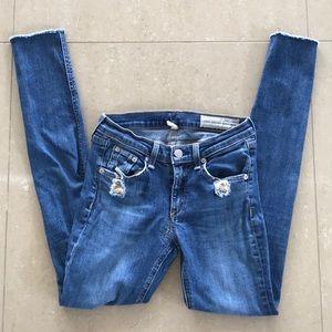 Rag and Bone skinny jeans size 25.